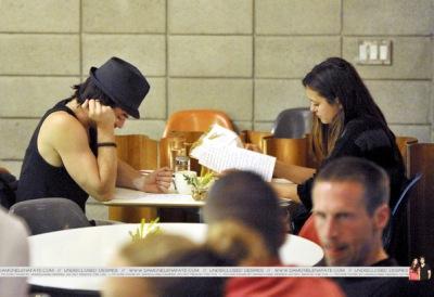 Йен и Нина обедают в Shima [6 июня]