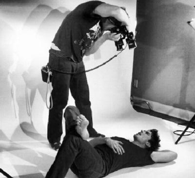 Йен на съемках фотосессии для Origin Magazine