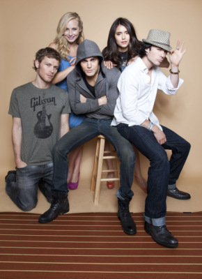 Новые фото для журнала TV Guide 2011