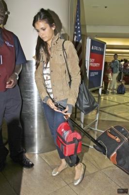 Нина в аэропорту ЛА [8 июля]