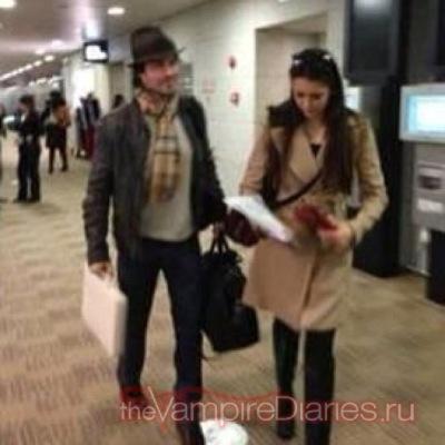 Йен и Нина в аэропорту Шанхай Пудун [27 декабря]