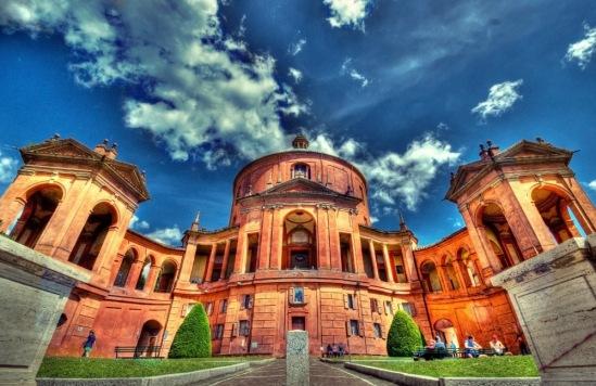 Болонья, базилика Мадонны Сан-Лука.