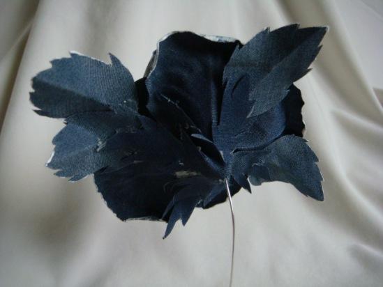 НЕбисерная лавка чудес: Джинсовый цветочек